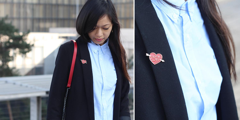 Petite and So What - tenue Trop de Love avec mon pin's Lolita Picco