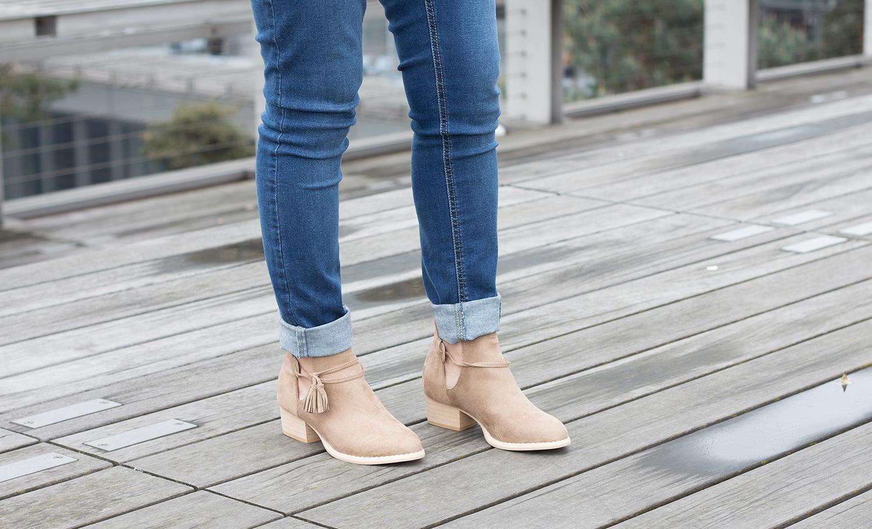 Petite and So What - jeans Asos Petite Maternite - bottines La Redoute ajourees
