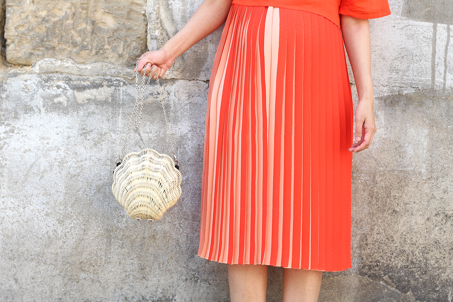 petite and so what - panier coquillage asos