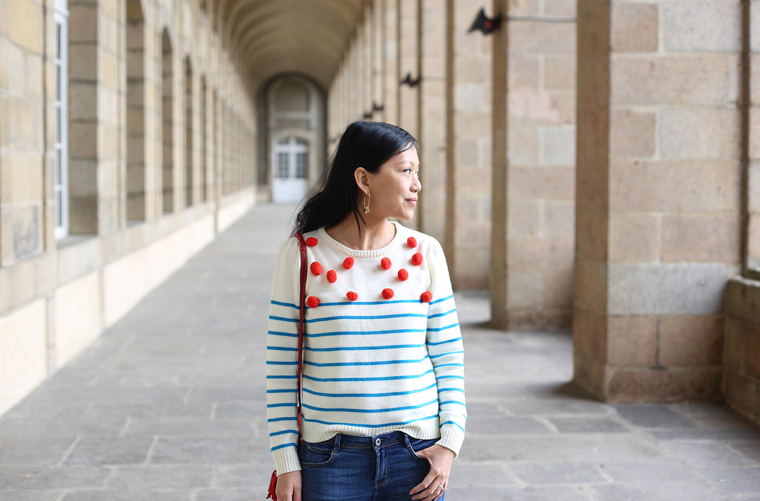 petite and so what - pull pompons collaboration monoprix manoush 3