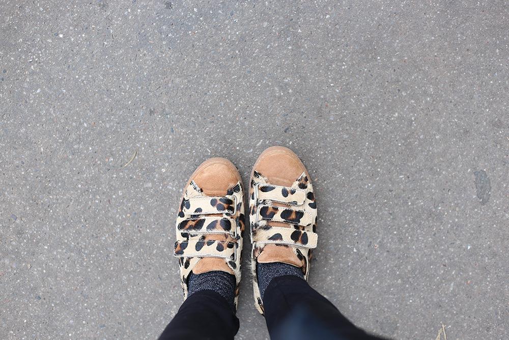 petite-and-so-what-my-petite-store-second-script-petite-combinaison-sneakers-balzac-paris