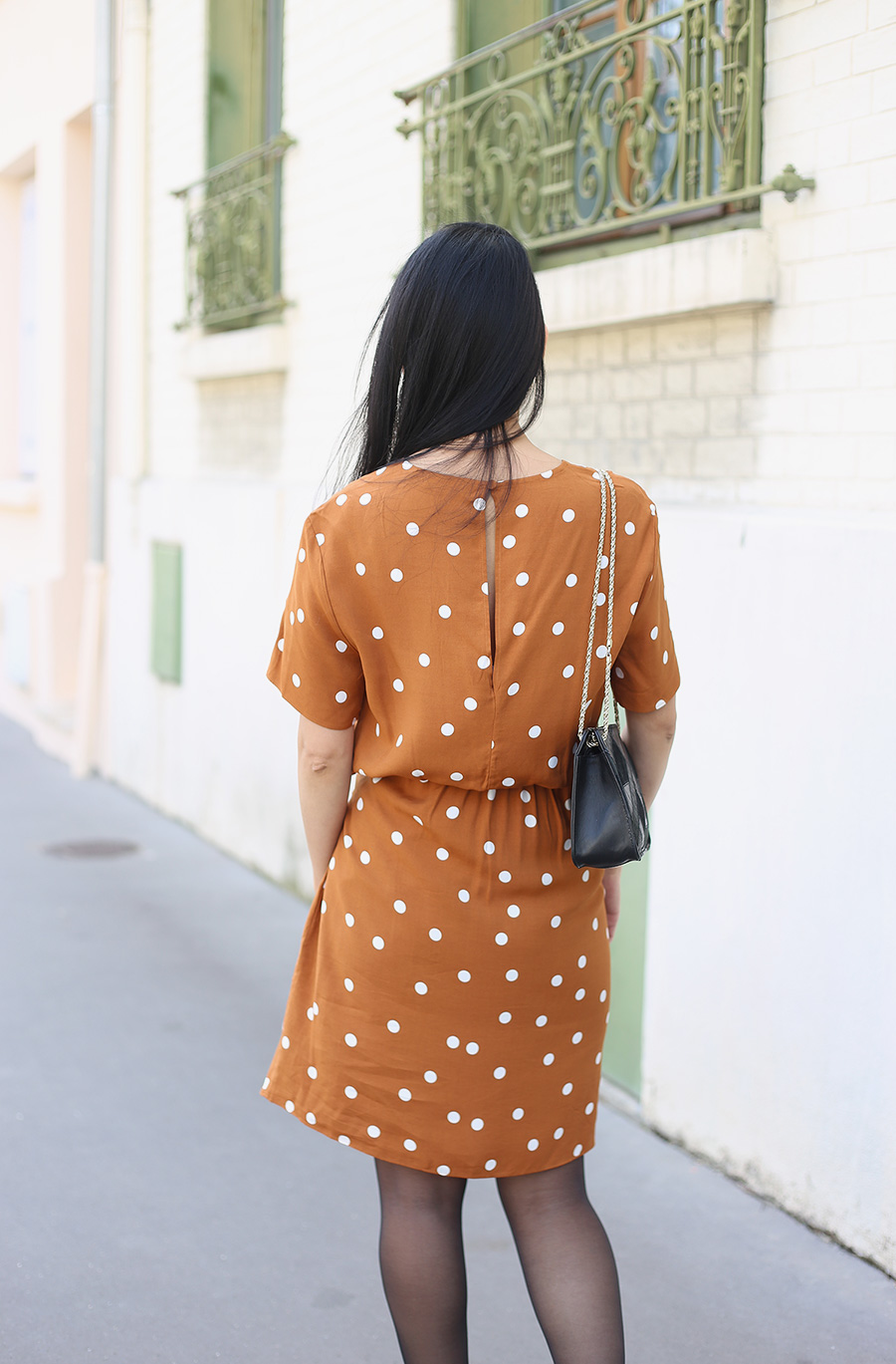 petite-and-so-what-la-robe-pois-and-other-stories-2