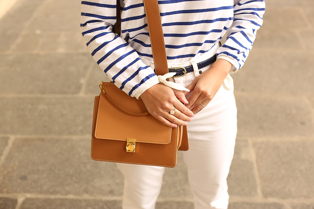 petite-and-so-what-total-look-blanc-mariniere